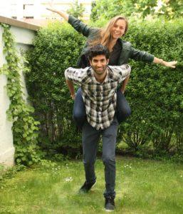 Die beiden Let's Yalla Gründer: Katharina Seehuber und Ori Hagai
